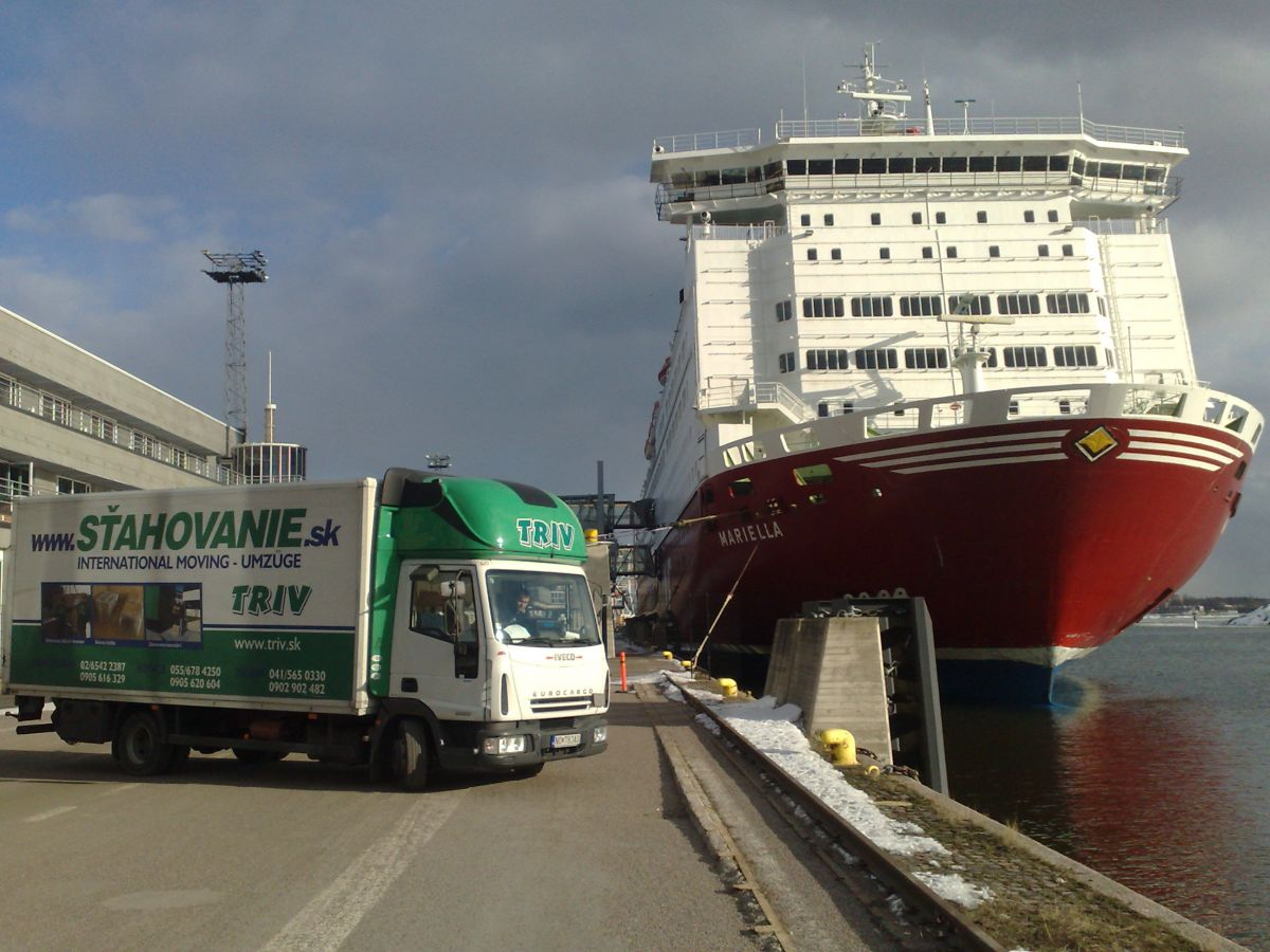 International Moving Service