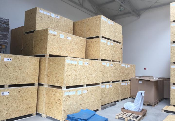 bedne v sklade  crate storage
